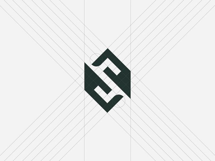 21 «ломаный» логотип